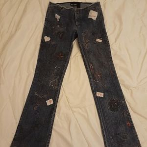 DKNY patchwork/embroidered jeans sz 7 NWOT